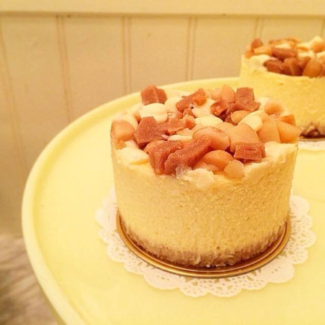 ホワイトチョコレート マカダミア チーズケーキ