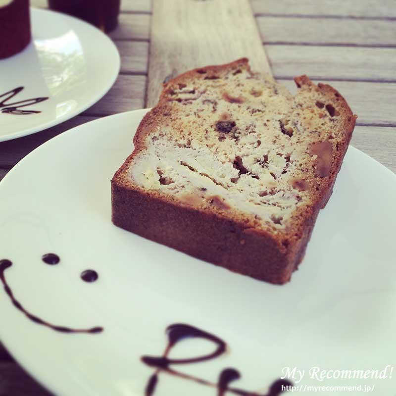RH Cafe バナナケーキ