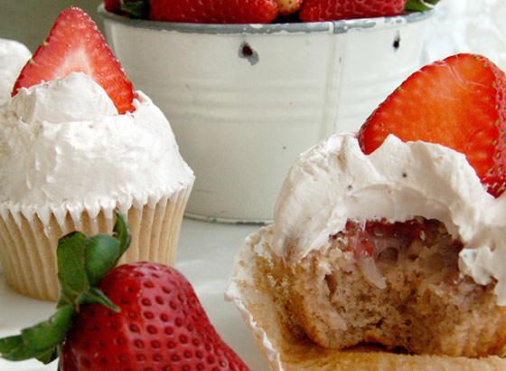 マグノリアベーカリー ストロベリー カップケーキ