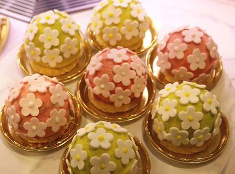 マドモアゼル C ケーキ