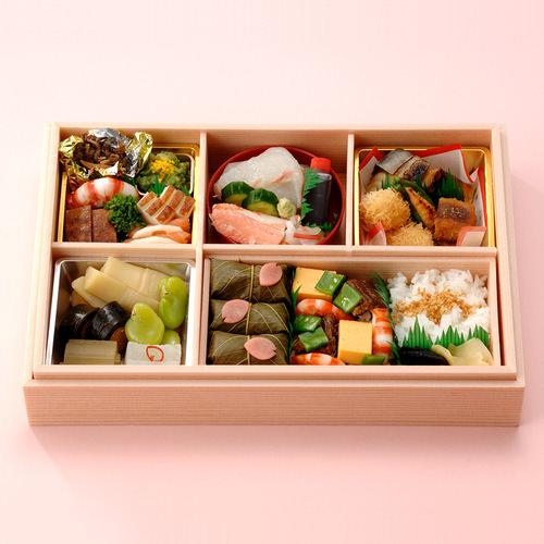 東京吉兆 春彩弁当