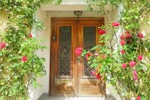 自宅訪問のマナー!玄関先から帰る時までの作法やお礼の仕方