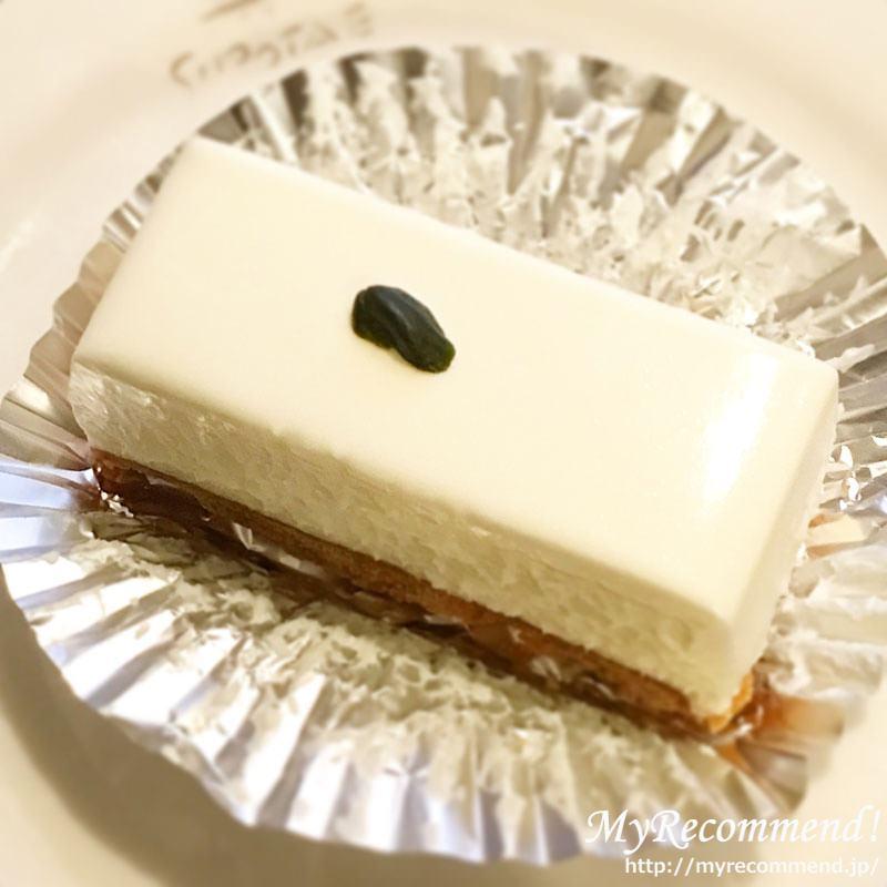 しろたえ,レアチーズケーキ,カットサイズ