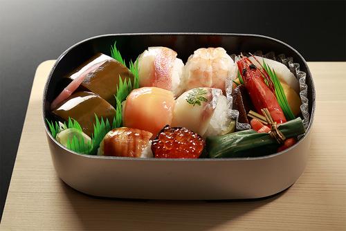 お慶びのお弁当 寿々(すず)