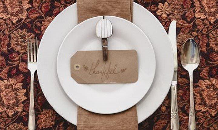 結婚記念日のお祝いはいつ?銀婚式や金婚式の贈り物について