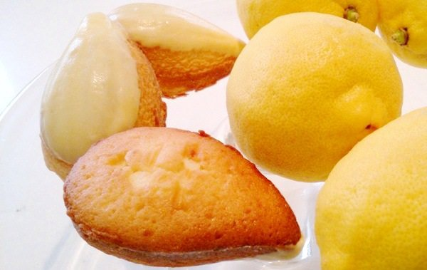 大阪 中之島 mamenoki レモンケーキ