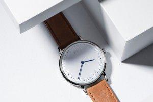 ユニセックスに使える!おしゃれな北欧の腕時計はメンズにも