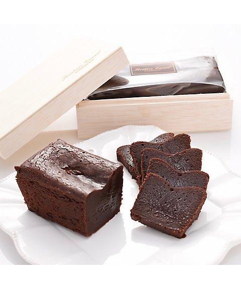 フレデリック・カッセル,チョコレートケーキ