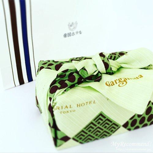 帝国ホテル 抹茶のケーキ 「テ ヴェール」