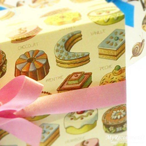 ツマガリのお菓子の箱