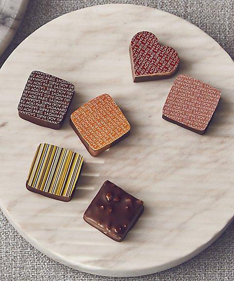 サダハルアオキパリ,チョコレート