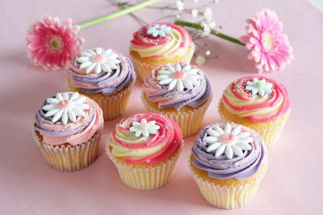 ホワイトデー,カップケーキ