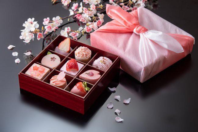 westinkyoto_sakura_sweetsbox