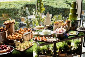 初夏のホテルビュッフェ!涼やかなカラーやフルーツが満載!