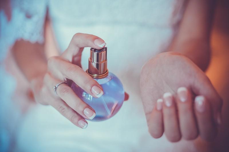 香水,女性