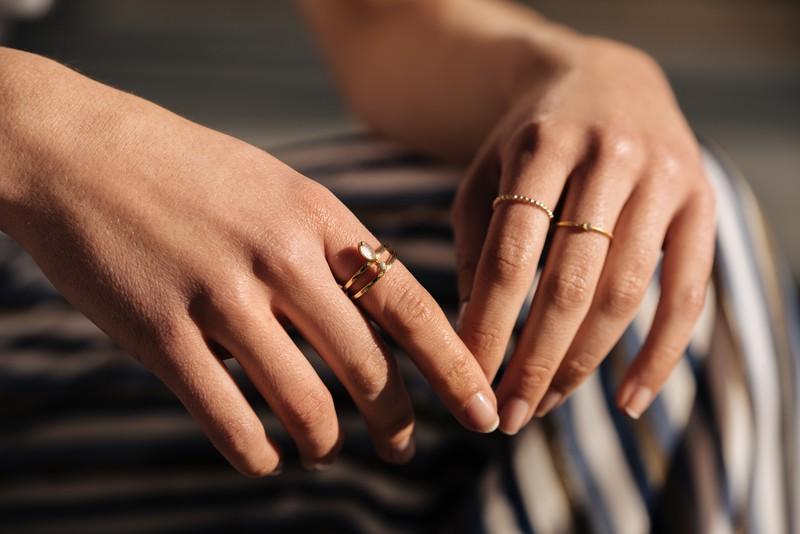指輪の重ね付け