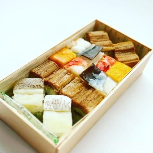 吉野寿司の箱寿司