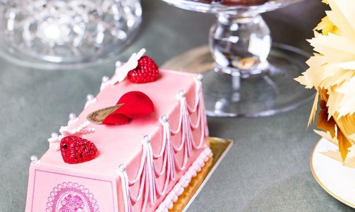 ラデュレのクリスマスケーキ2019!女心を惹きつける