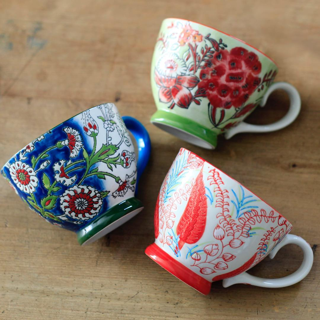 ア・ラ・カンパーニュの紅茶とティーカップのセット