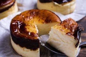バスクチーズケーキが人気のお店はここ【おすすめ】お取り寄せも!