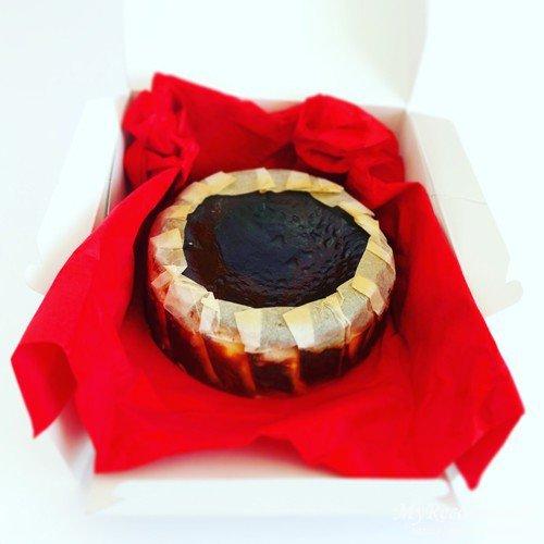 カオリーヌ菓子店,バスクのチーズケーキ
