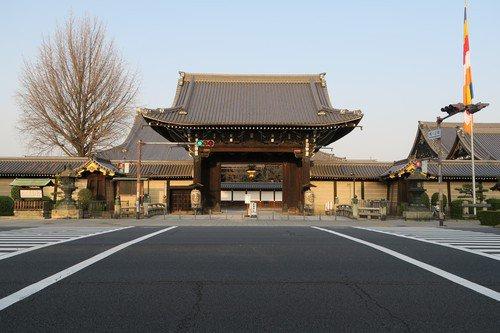 堀川通り,西本願寺