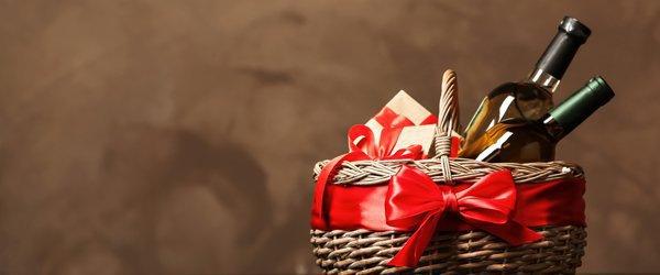 お歳暮を贈る時期と、喪中の場合の対応について