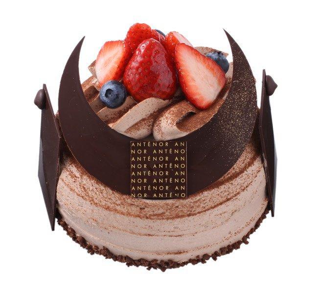アンテノールのKABUTO(かぶと)ケーキ