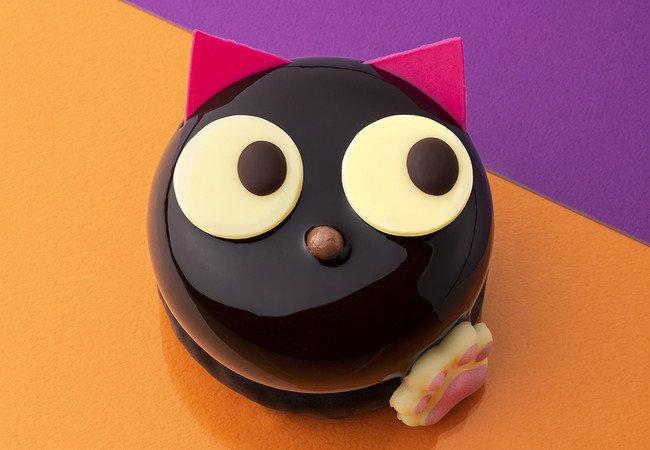 バターステイツのハロウィン限定の黒猫ケーキ